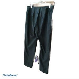 - St. John Sport Black Capri Pants Size 2